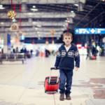 Можно ли отправить ребенка одного на самолете по России или за границу, и со скольки лет разрешается летать одному, без сопровождения родителей